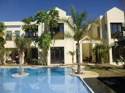House in Bahía de Marbella R2271254 1
