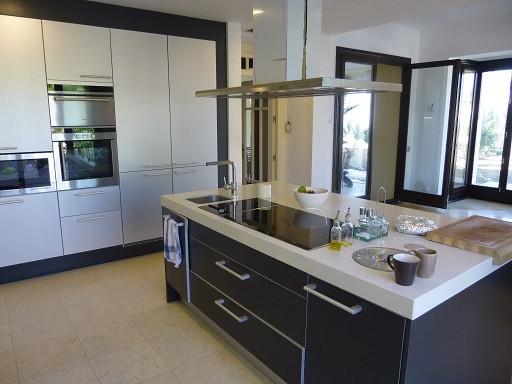 House in Bahía de Marbella R2271254 11