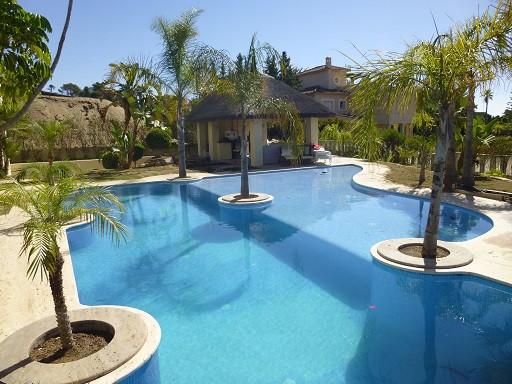 House in Bahía de Marbella R2271254 2