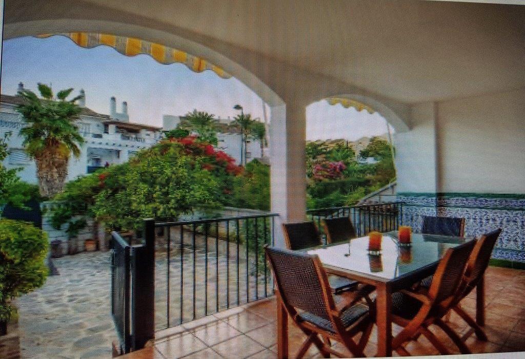 Townhouse Terraced Marbella Málaga Costa del Sol R3305743