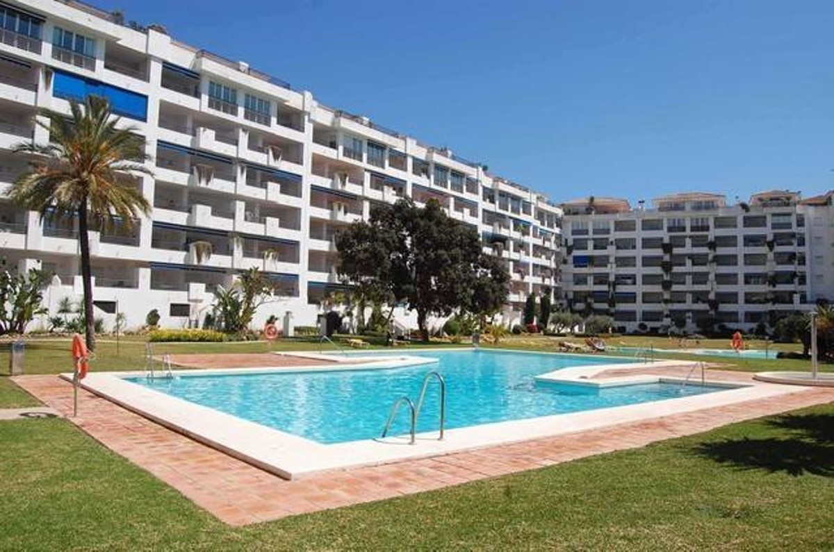Apartment with 2 bedrooms 2 bathrooms in Puerto Banus. Very bright, 4th floor with open views to the,Spain