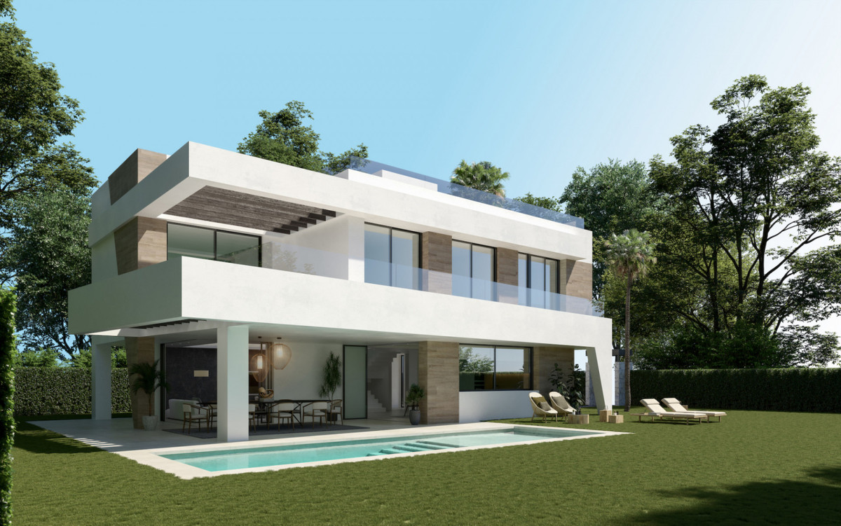 Detached Villa for sale in Marbella R3755722