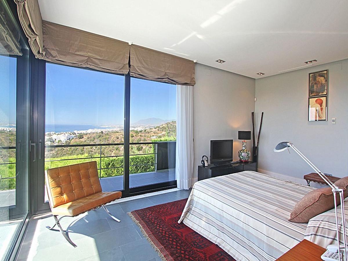 House in Altos de los Monteros R3799762 10