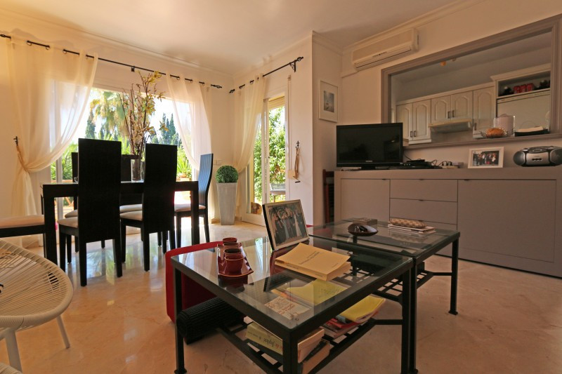Apartment - Aloha