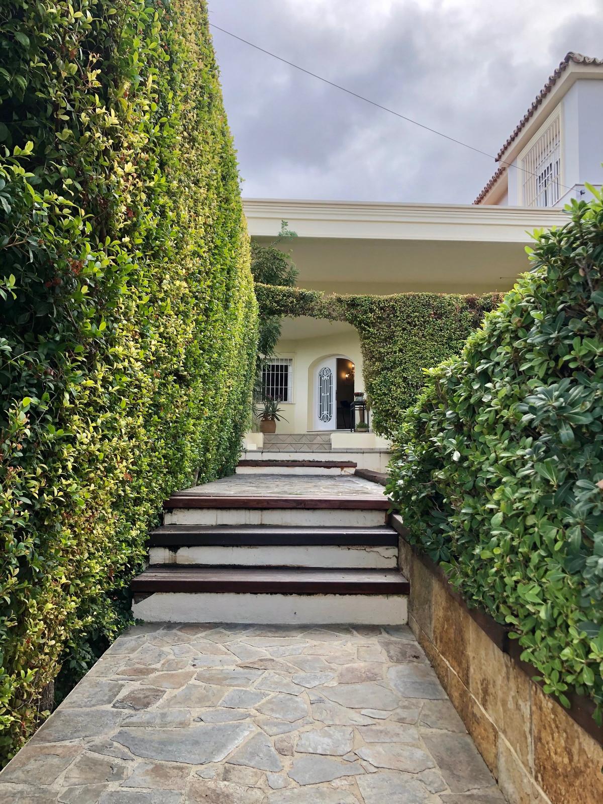 House in Alhaurín de la Torre R3749932 5