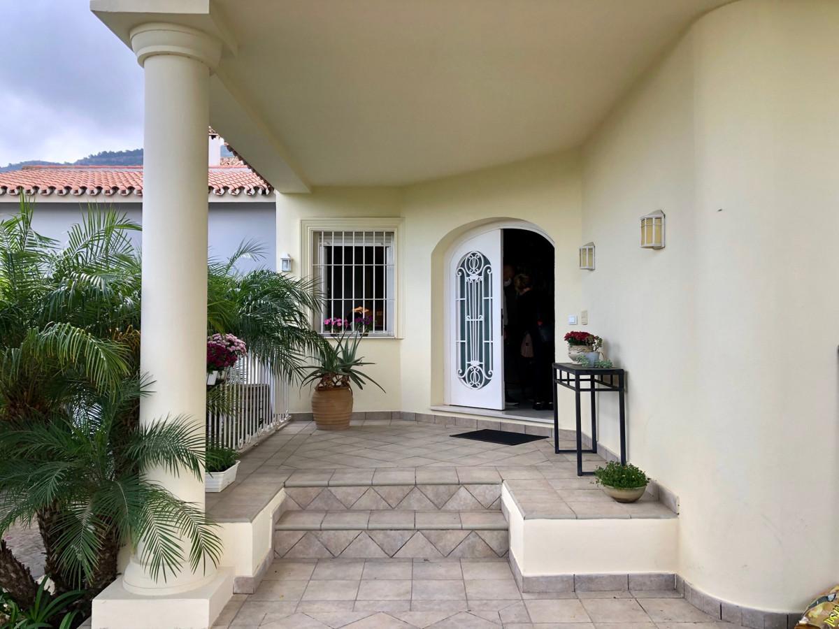 House in Alhaurín de la Torre R3749932 6