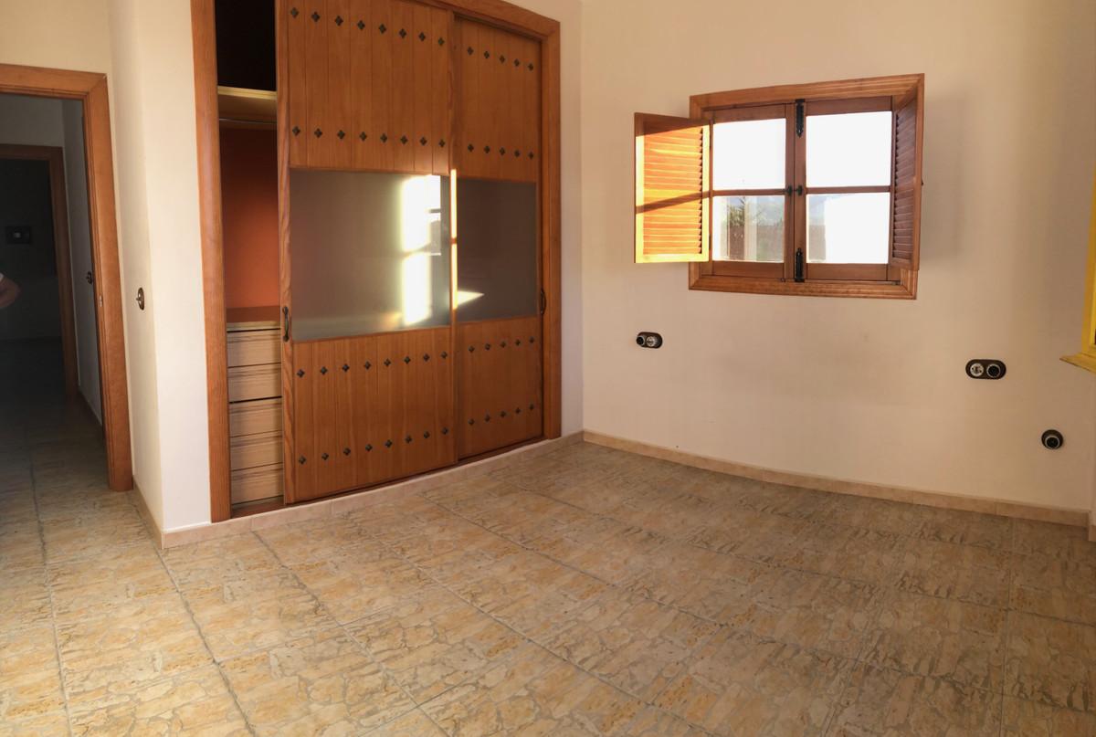 House in Alhaurín de la Torre R3728698 9