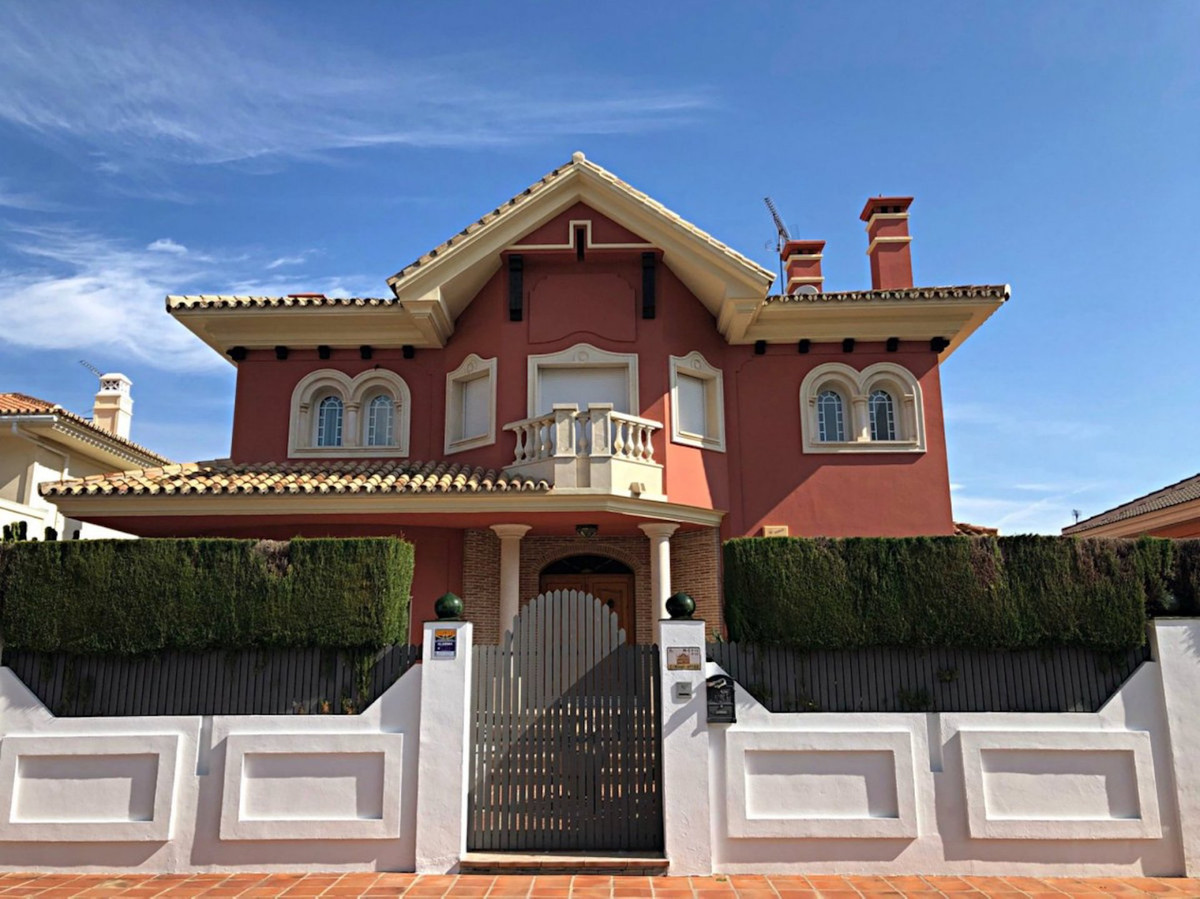 House in Alhaurín de la Torre R3701090 1