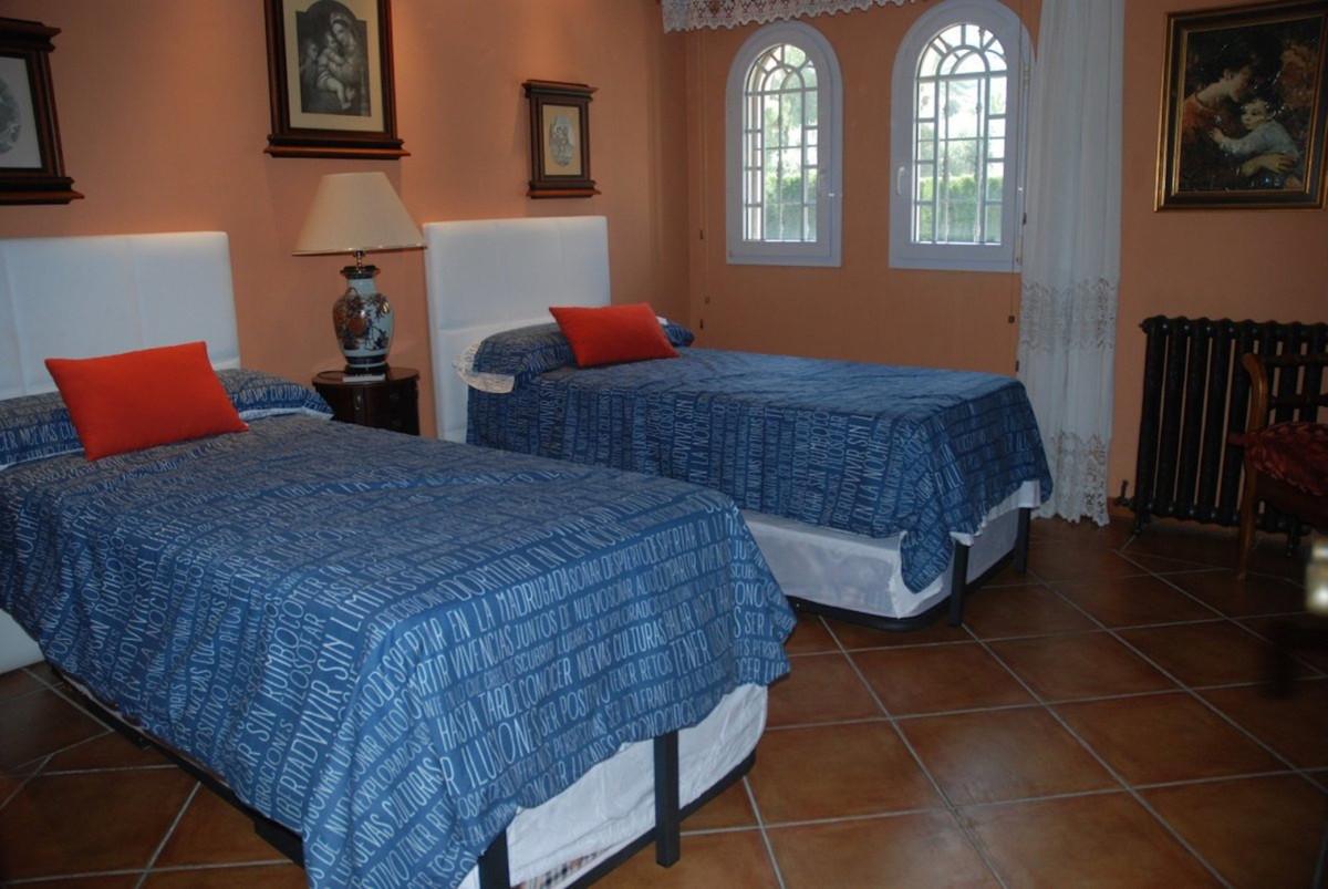 House in Alhaurín de la Torre R3701090 10