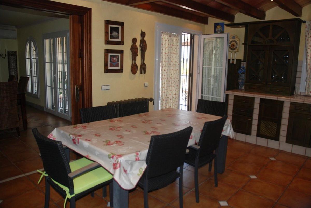 House in Alhaurín de la Torre R3701090 18