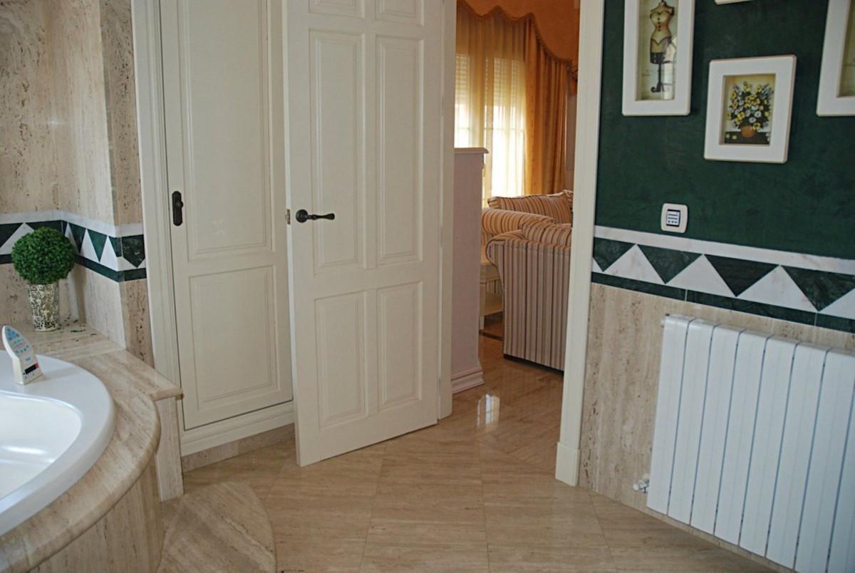 House in Alhaurín de la Torre R3701090 27