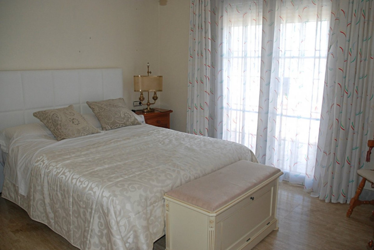 House in Alhaurín de la Torre R3701090 32