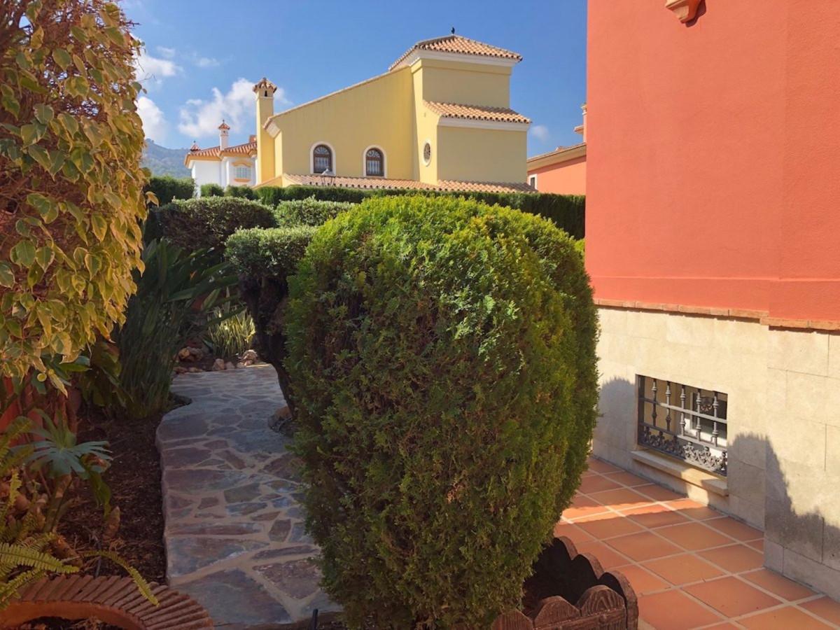 House in Alhaurín de la Torre R3701090 47