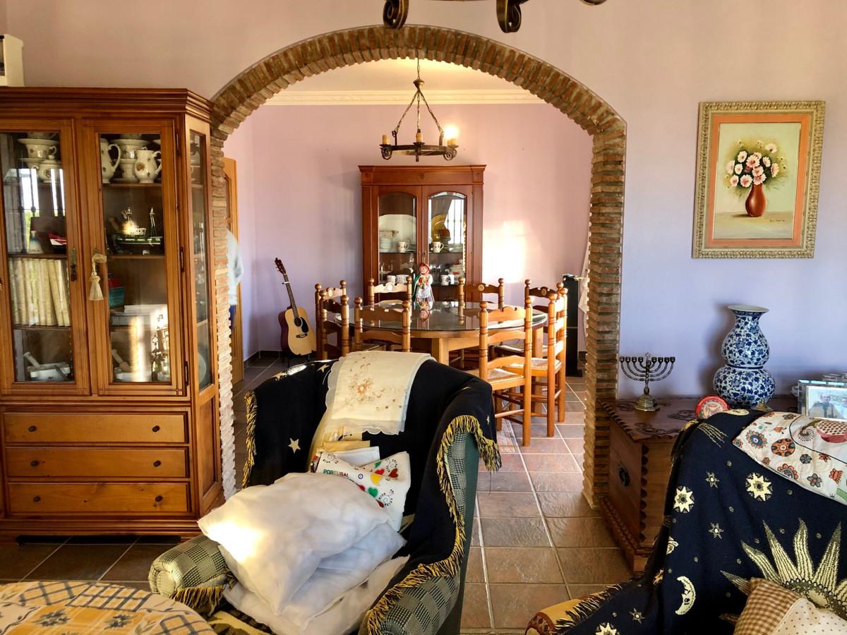 House in Alhaurín de la Torre R3800269 32