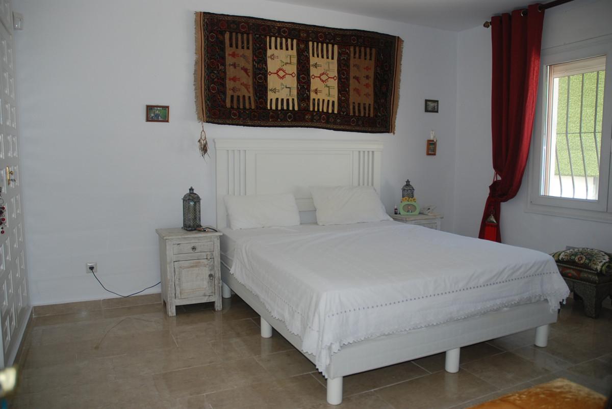 House in Guadalmina Alta R3672095 12
