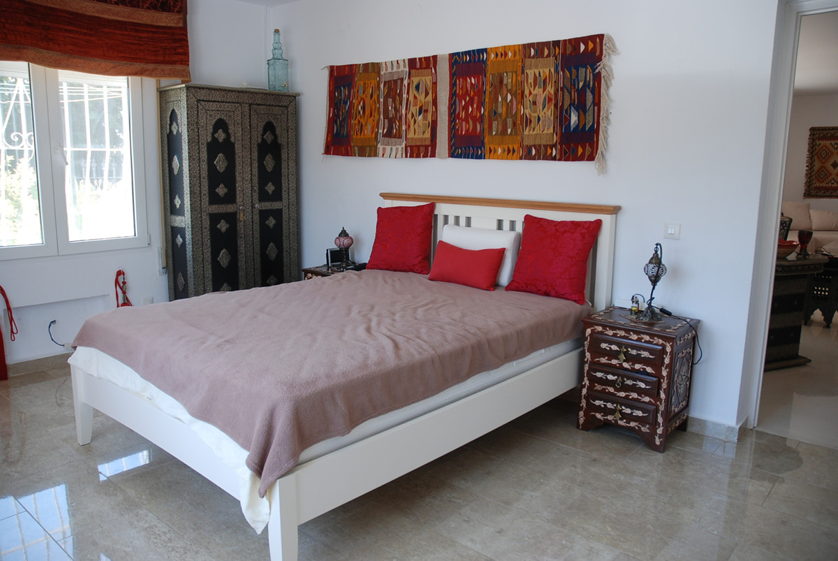 House in Guadalmina Alta R3672095 18