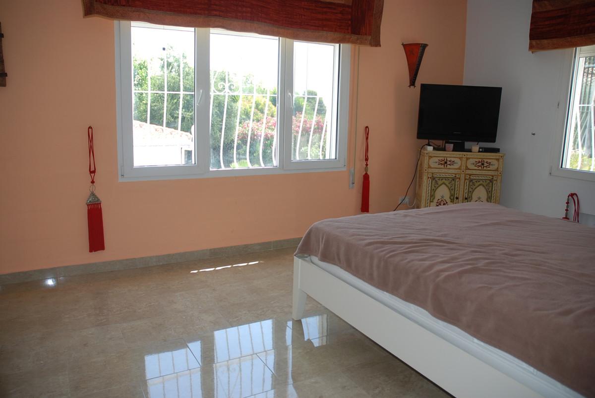 House in Guadalmina Alta R3672095 19