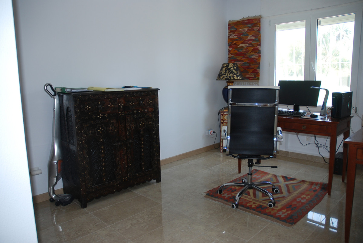 House in Guadalmina Alta R3672095 20