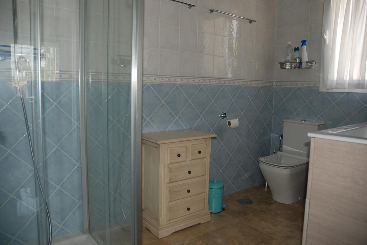 House in Guadalmina Alta R3672095 22