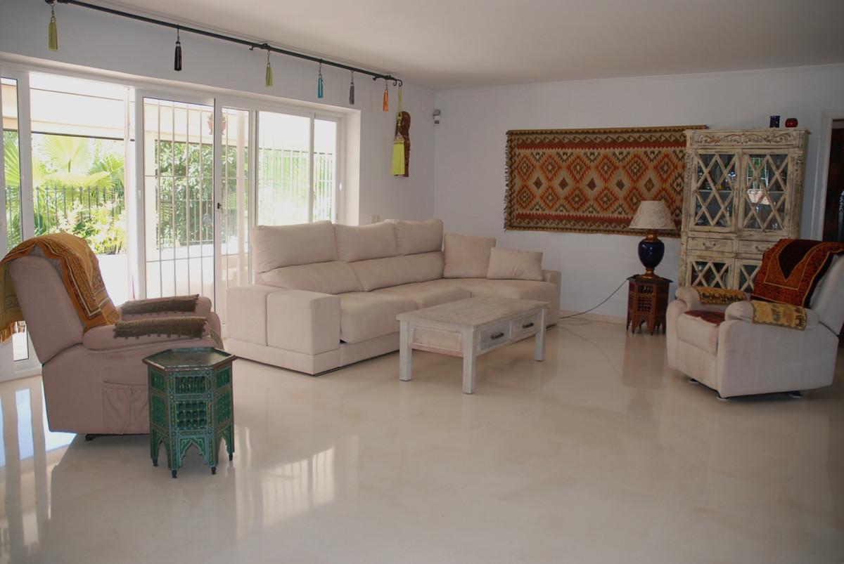 House in Guadalmina Alta R3672095 4