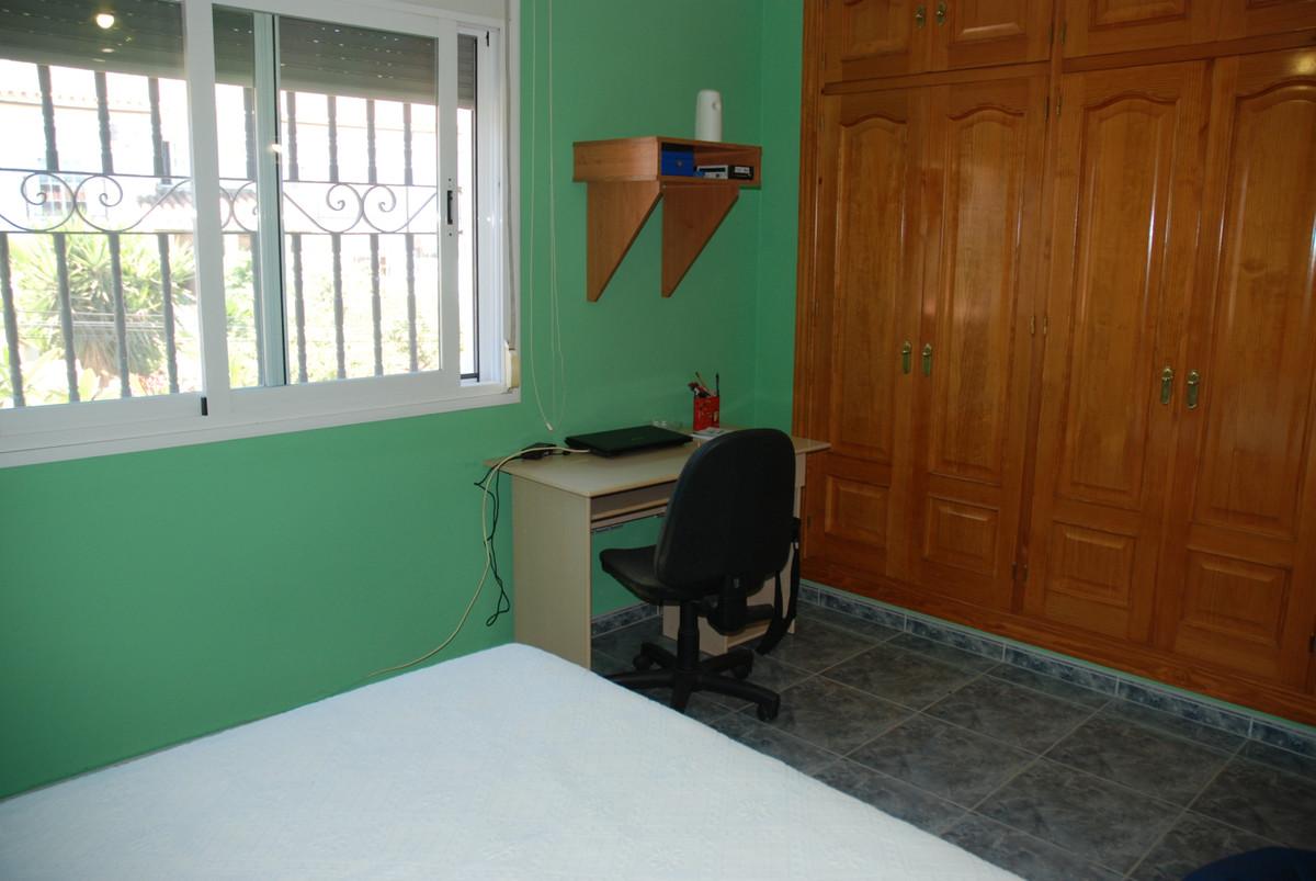 House in Alhaurín de la Torre R3456253 25