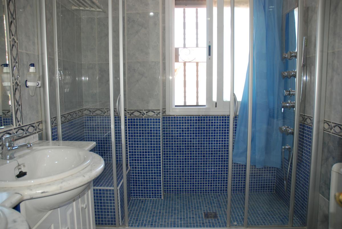 House in Alhaurín de la Torre R3456253 26