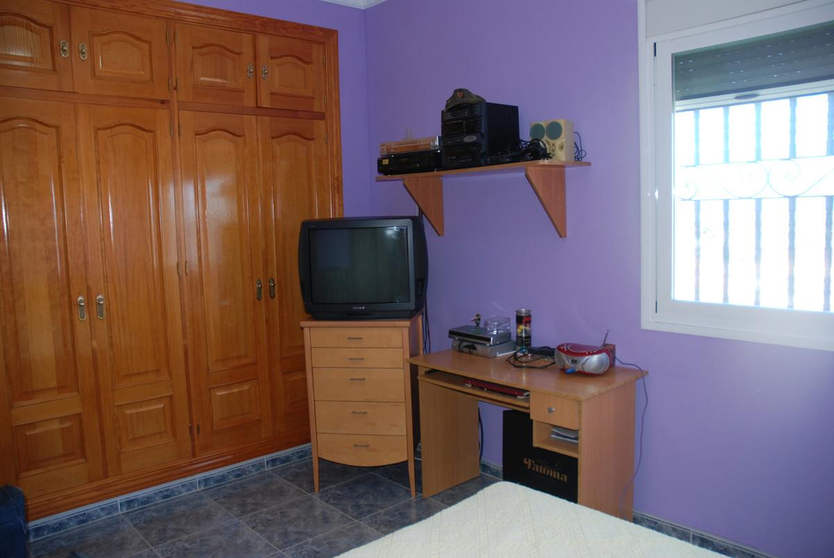 House in Alhaurín de la Torre R3456253 28