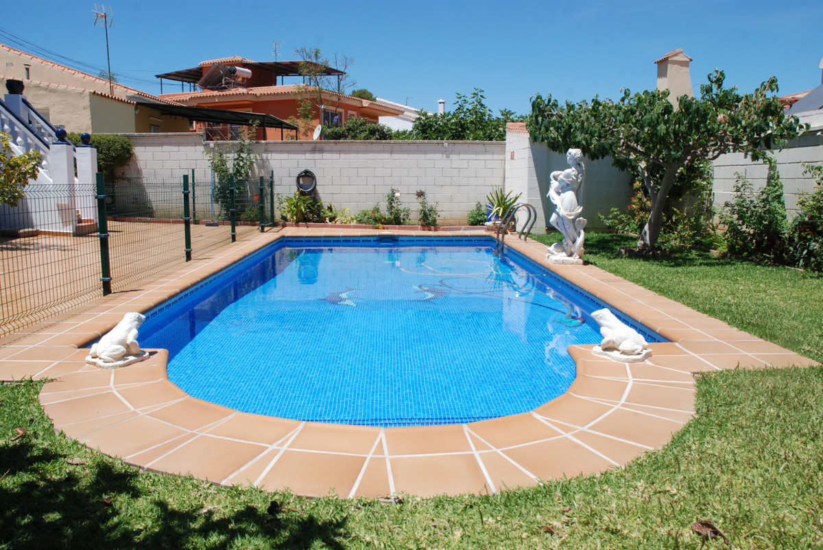 House in Alhaurín de la Torre R3456253 35