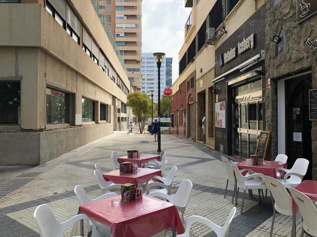 Mellemetagelejlighed i Málaga R3174040