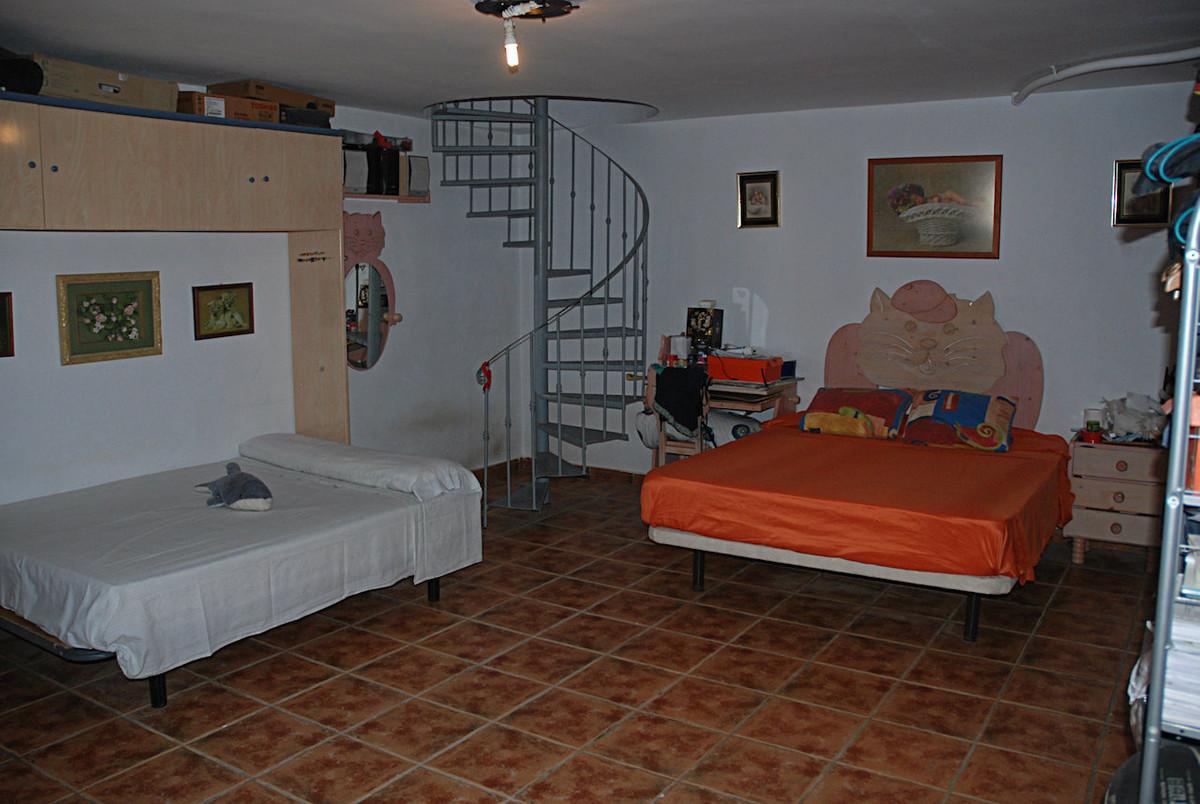 House in Alhaurín de la Torre R3267070 28