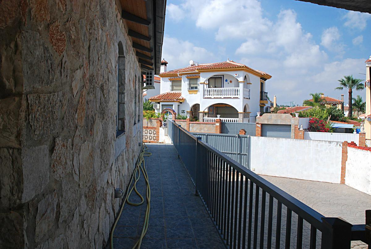House in Alhaurín de la Torre R3267070 31