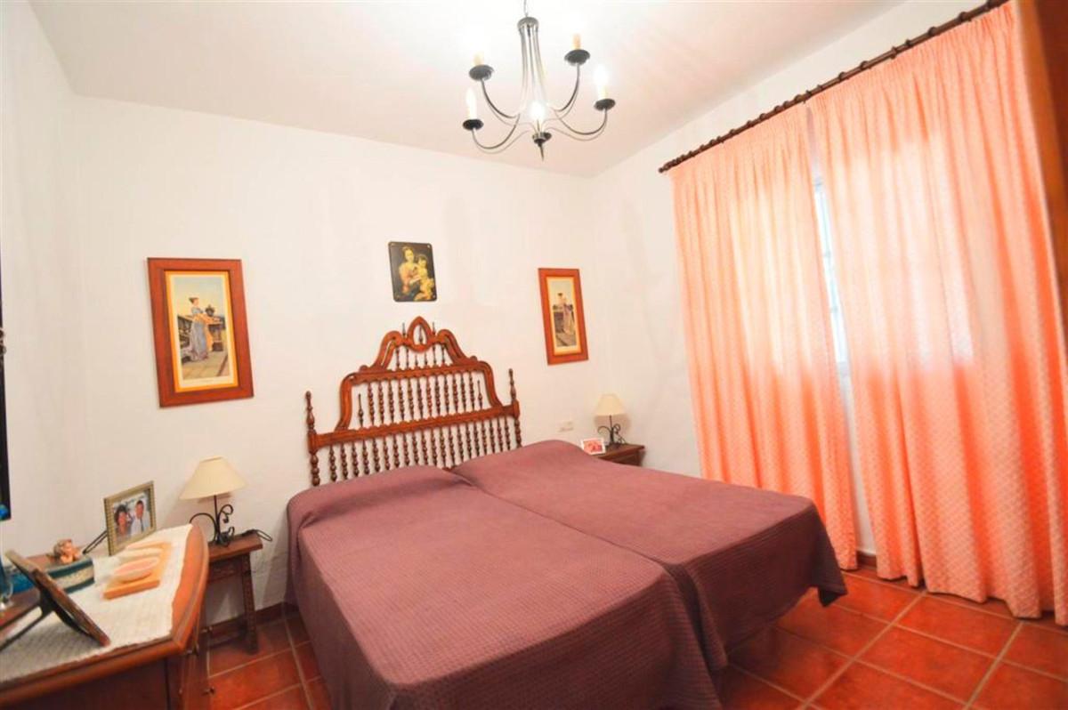 House in Alhaurín de la Torre R3379084 11