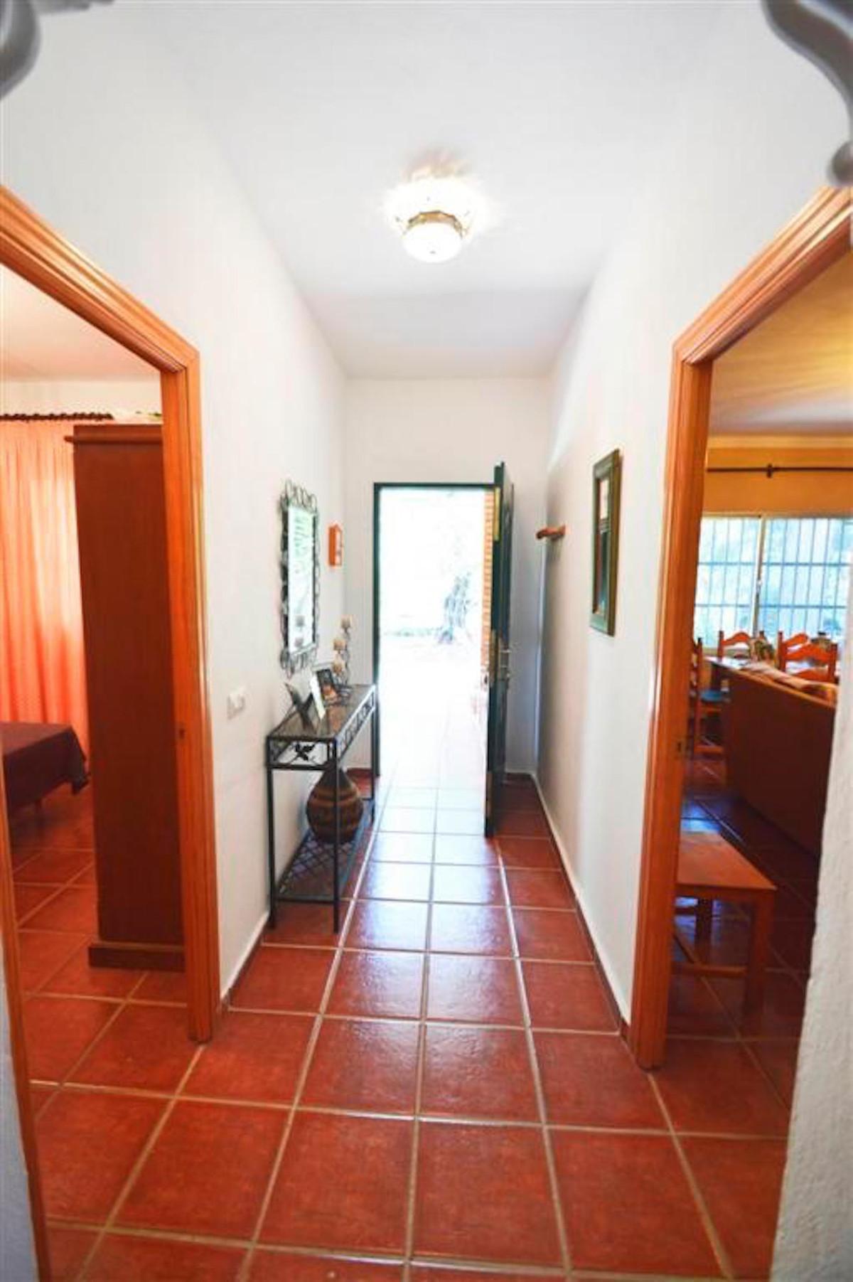 House in Alhaurín de la Torre R3379084 6