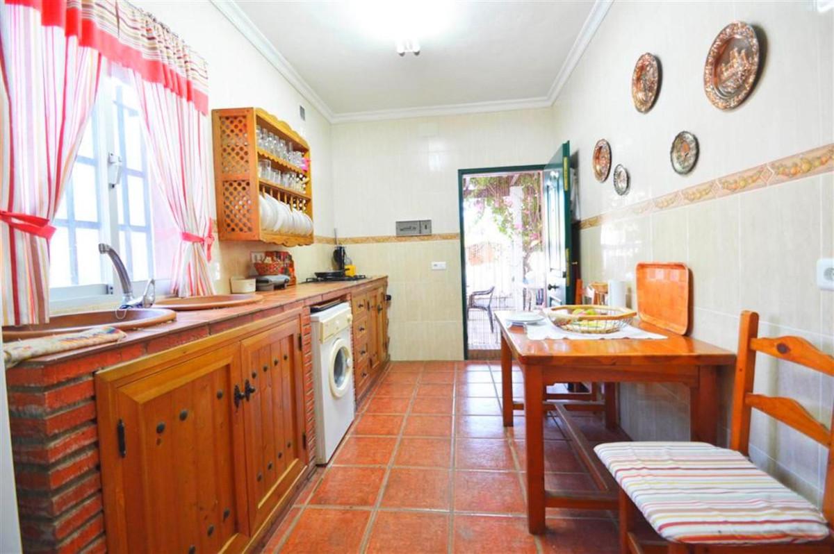 House in Alhaurín de la Torre R3379084 7