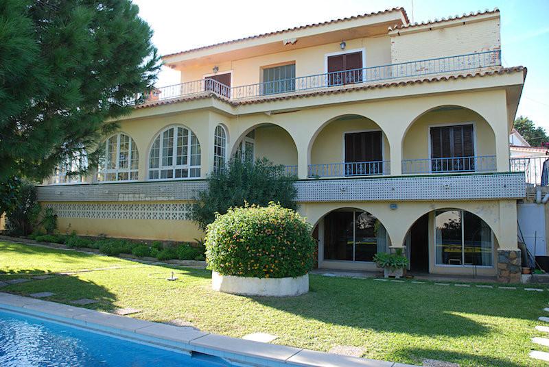 Detached Villa in Benalmadena Costa