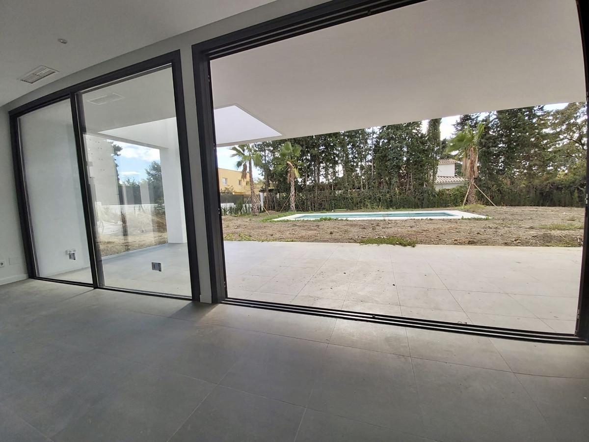 House in Atalaya R3753202 6