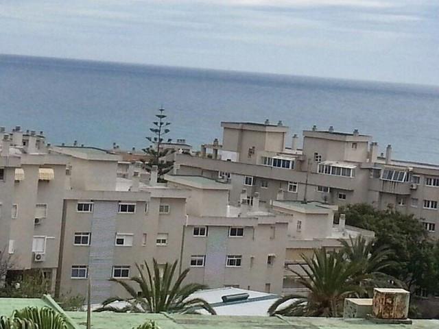 Apartamento con 3 Dormitorios en Venta Torremolinos