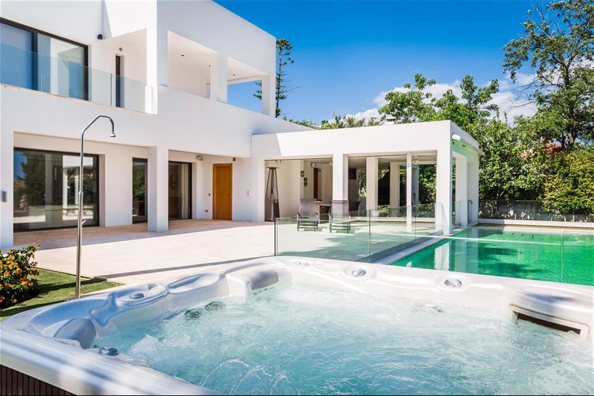 House in Atalaya R3453970 32