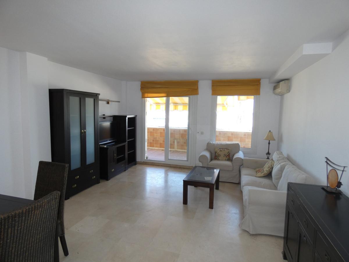 2 Dormitorio Planta Media Apartamento En Venta Estepona