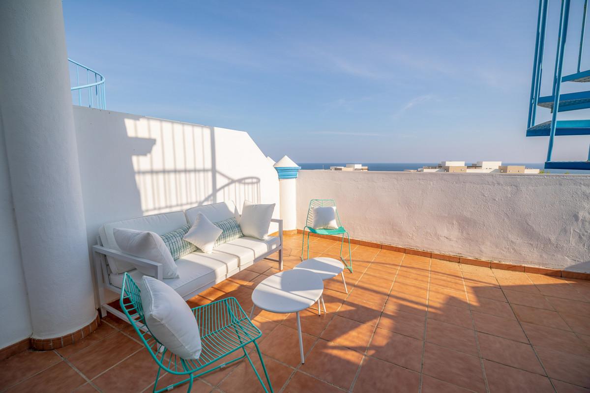 R3291478: Apartment for sale in Estepona