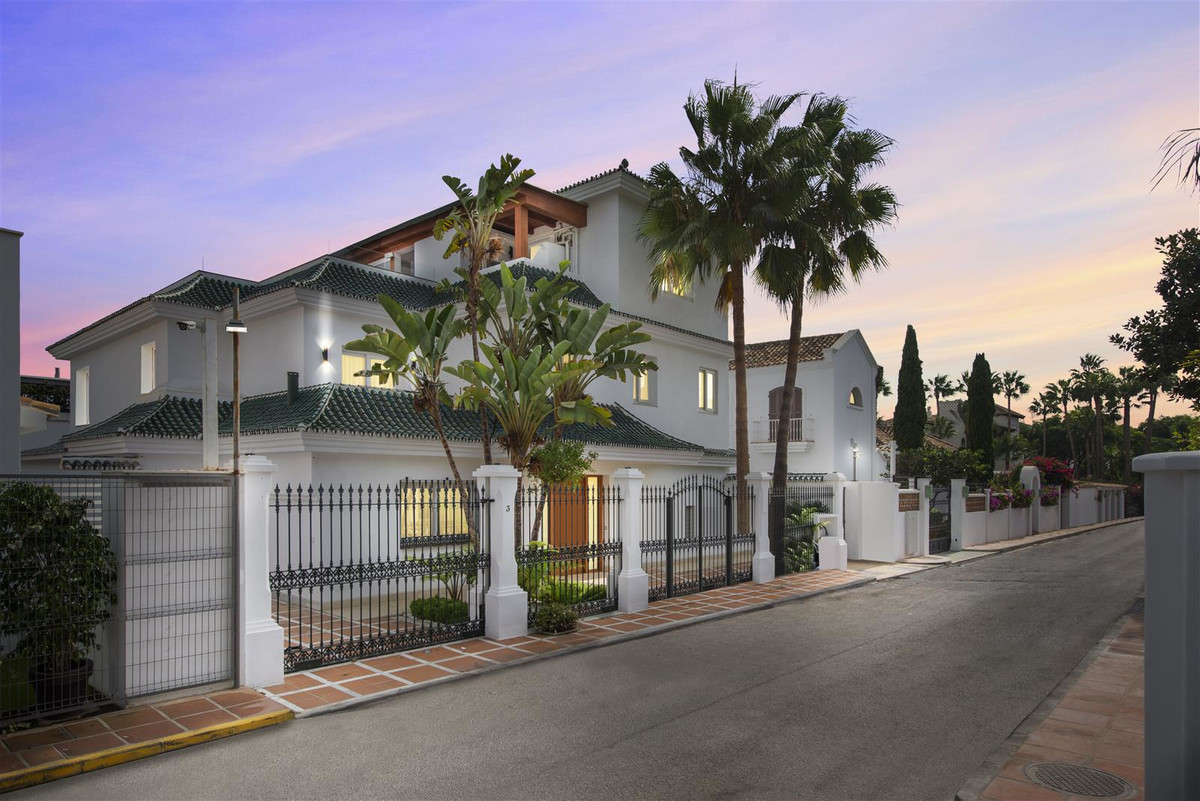 Spain property for sale in Andalucia, Golden Mile-Marbella