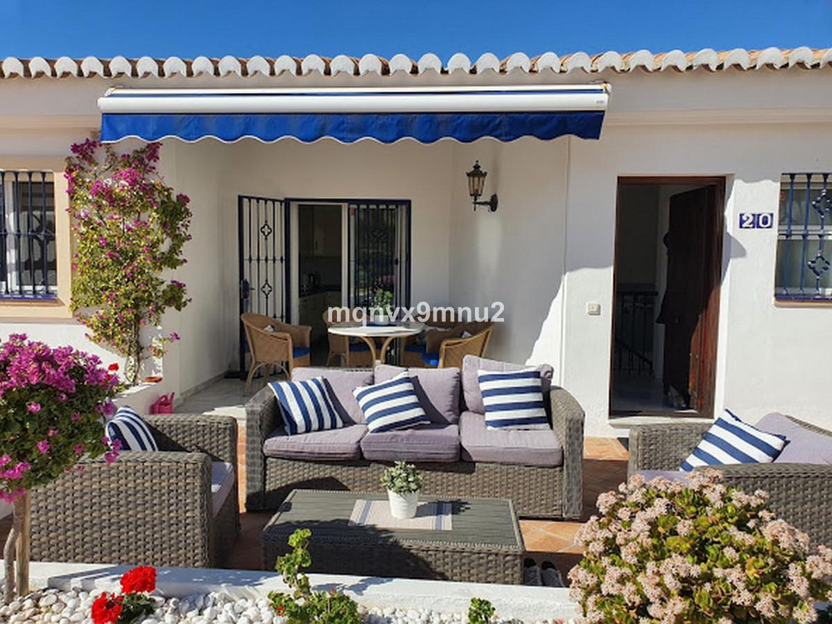 4 bedroom townhouse for sale el chaparral