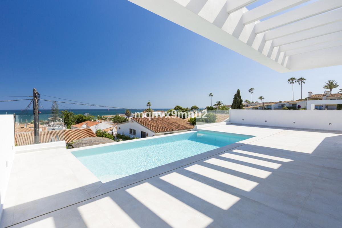 Villa Detached El Chaparral Málaga Costa del Sol R3348271 6