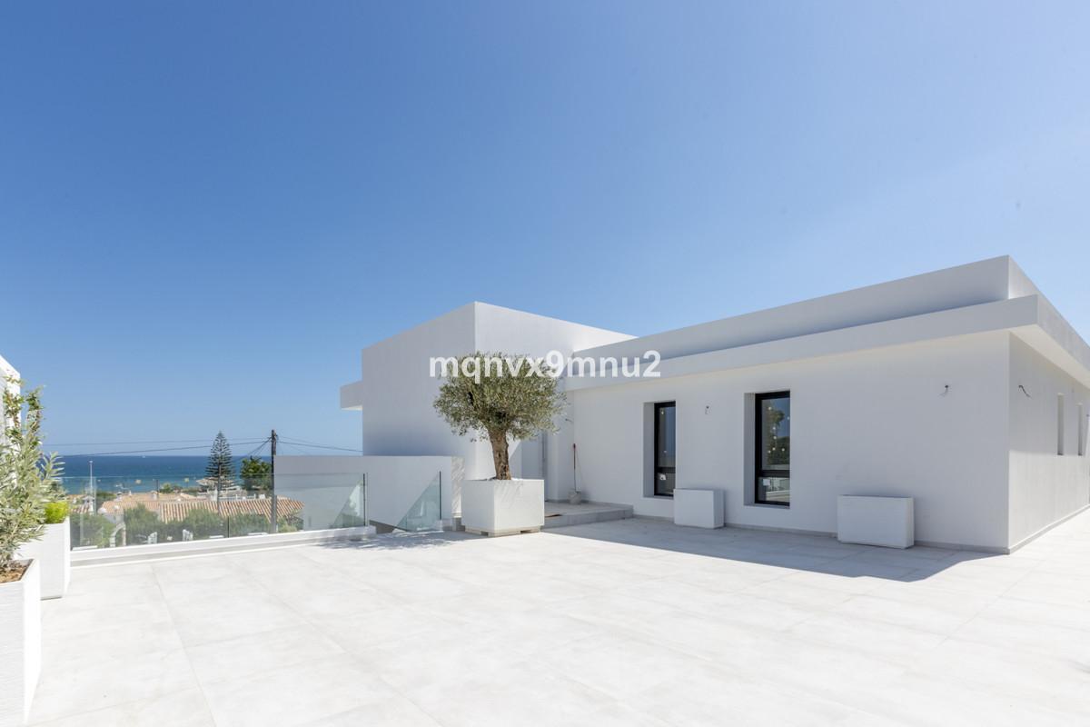 Villa Detached El Chaparral Málaga Costa del Sol R3348271 7