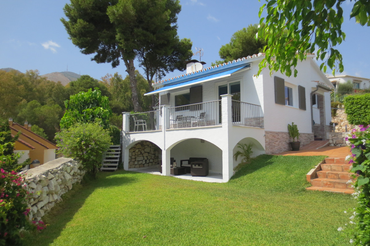 A MUST SEE PROPERTY!! Beautiful, enchanted  villa set on a hill facing south, gated and fenced in st,Spain