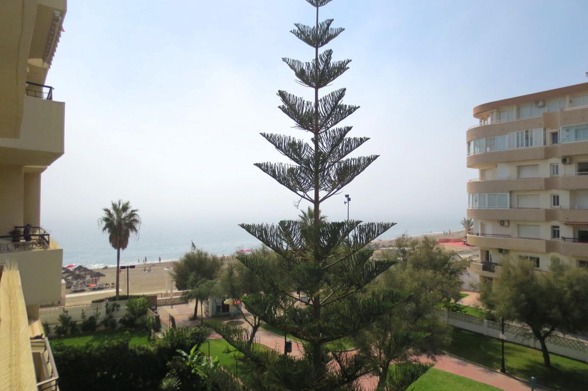 Middle Floor Apartment, Fuengirola, Costa del Sol. 1 Bedroom, 1 Bathroom, Built 40 m², Terrace 7 m².,Spain