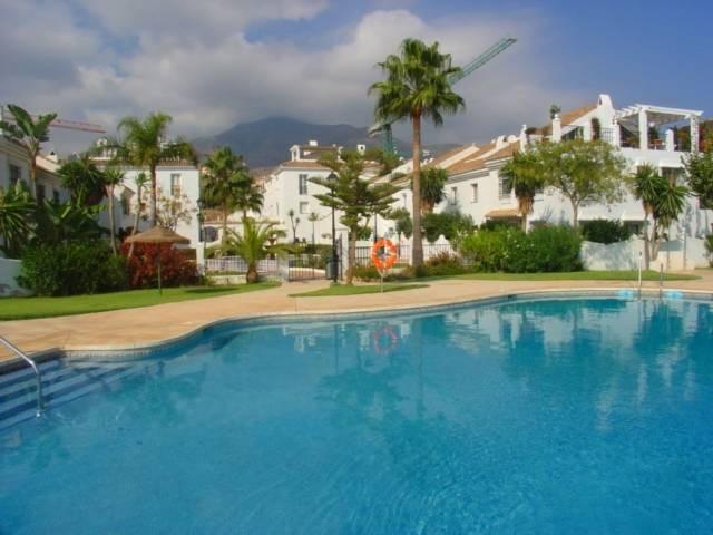 Middle Floor Apartment, Torreblanca, Costa del Sol. 2 Bedrooms, 1 Bathroom, Built 73 m².  Setting : ,Spain