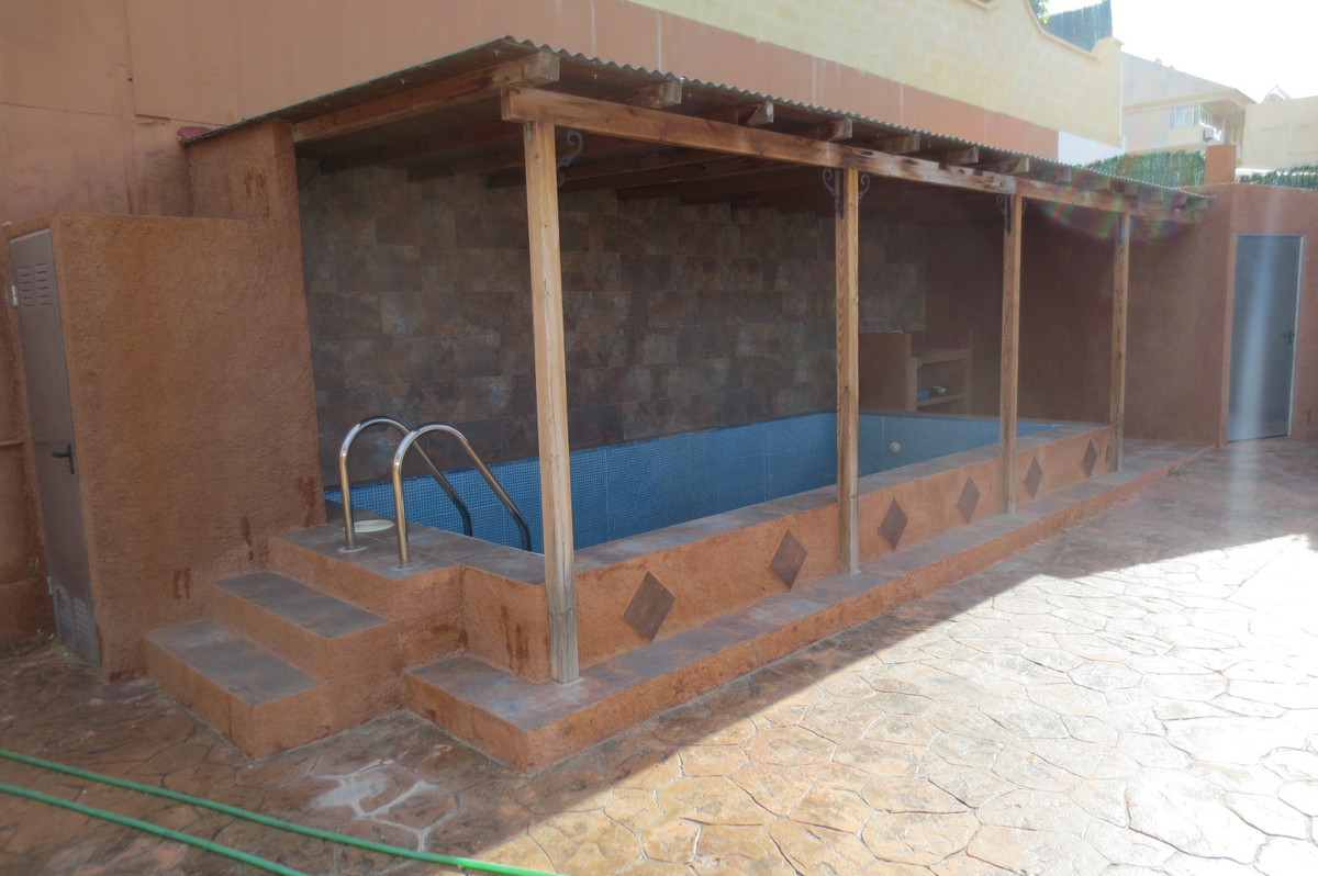 House in Arroyo de la Miel R2932298 2