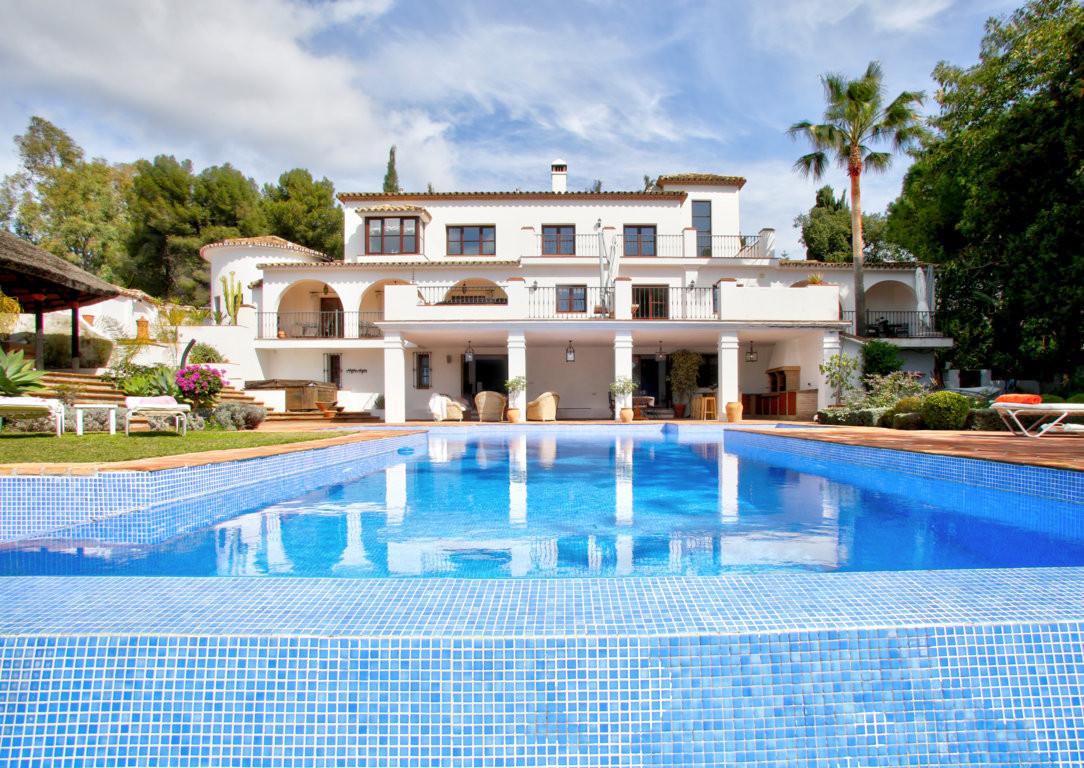 Detached Villa for sale in Marbella R3141520