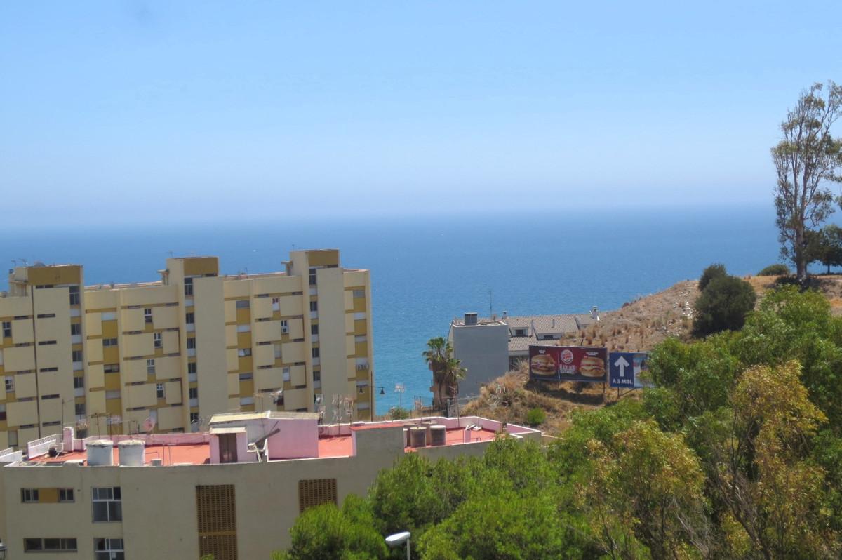 Apartamento  Planta Media en venta   en Carvajal